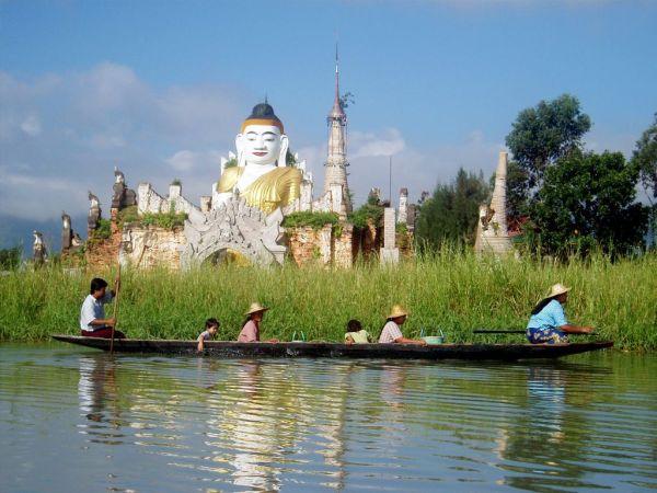Myanmar Inle See Indein Bootsfahrt